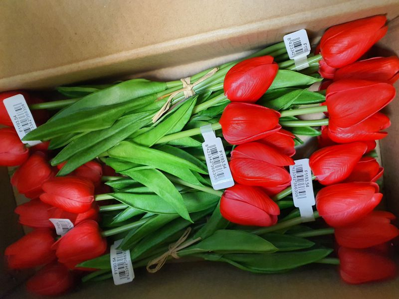 RAMO TULIPAN MINI 30CM LARGO COLOR ROJO 7PCS